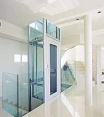 室内小型电梯展示